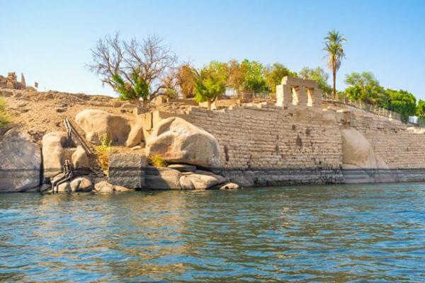 جزيرة سهيل باسوان عبق الماضي وجمال الحاضر
