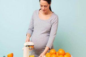 البرتقال للحامل وأهم نصائح خبراء التغذية عند تناول ثمرة البرتقال